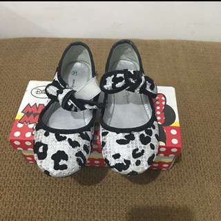 mickey mouse doll shoes