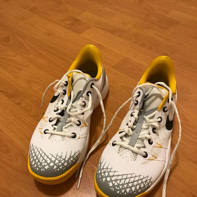 Kobe 4 Veno Size 11