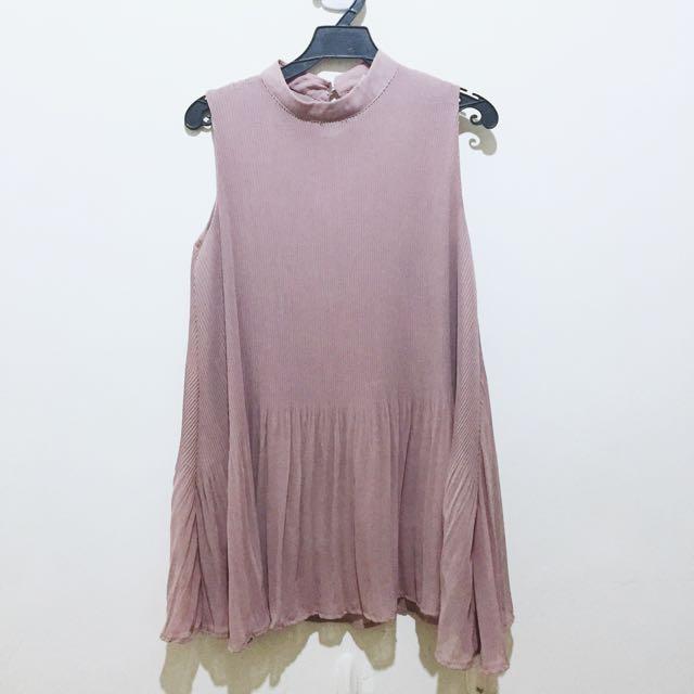 超顯白 藕粉小洋裝(近全新)