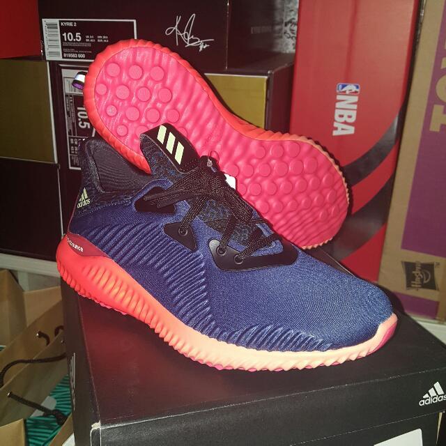 vente chaude en ligne 6fcde bf570 Adidas Alphabounce W