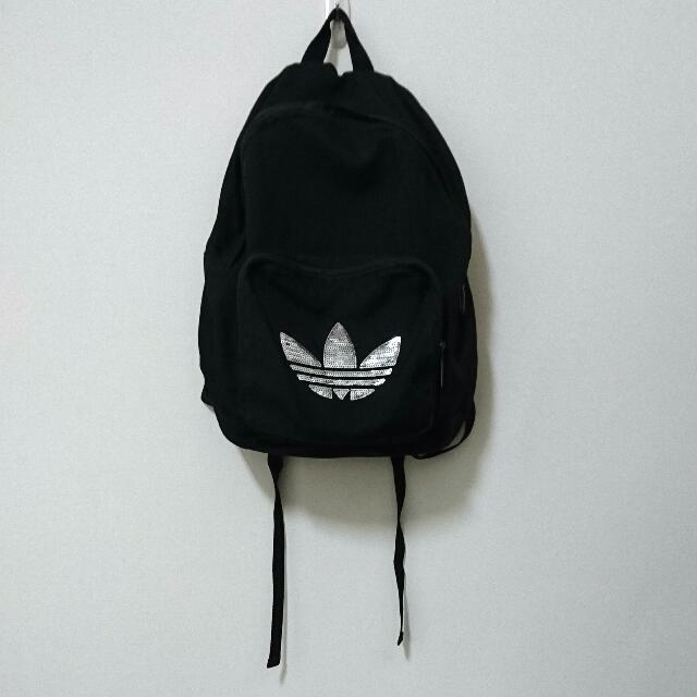 adidas限量版 亮片logo黑色後背包