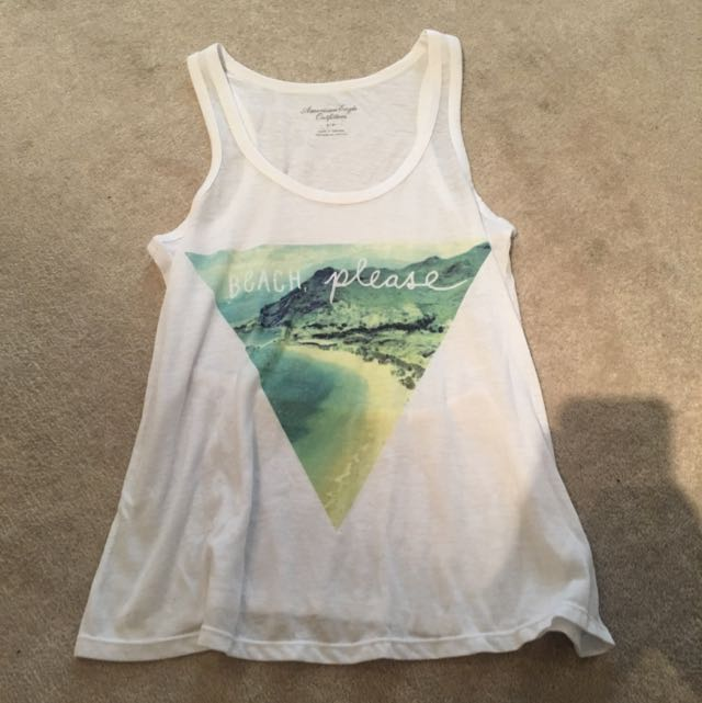 "American Eagle ""beach place"" tanktop"