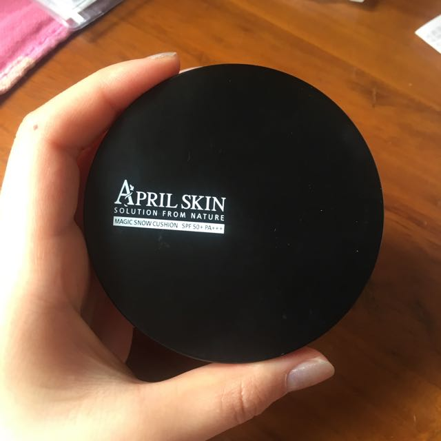 April Skin 氣墊粉餅