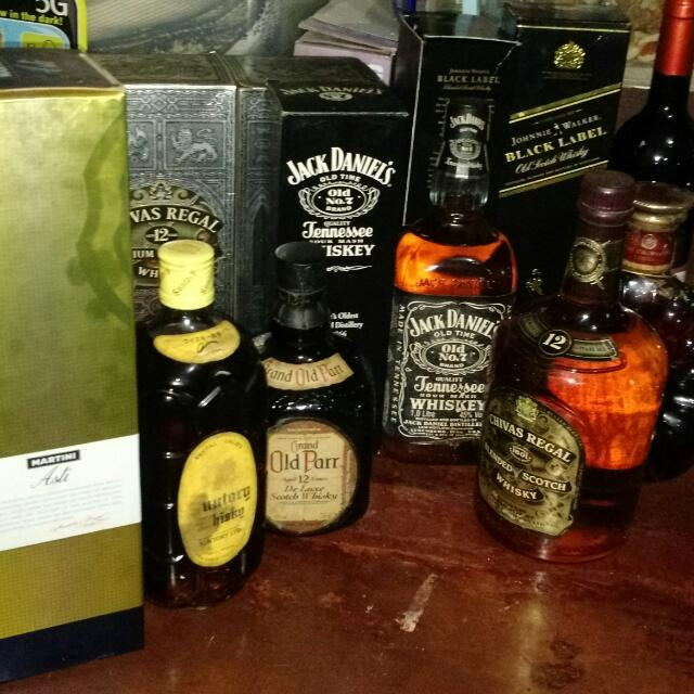 Black Label, Jack Daniels, Dimple, Chivas