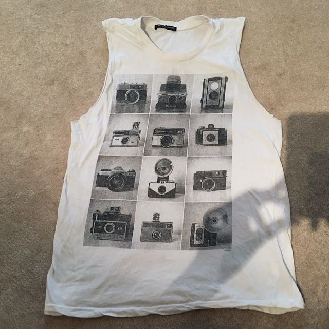 Brandy Melville Camera Muscle Tee