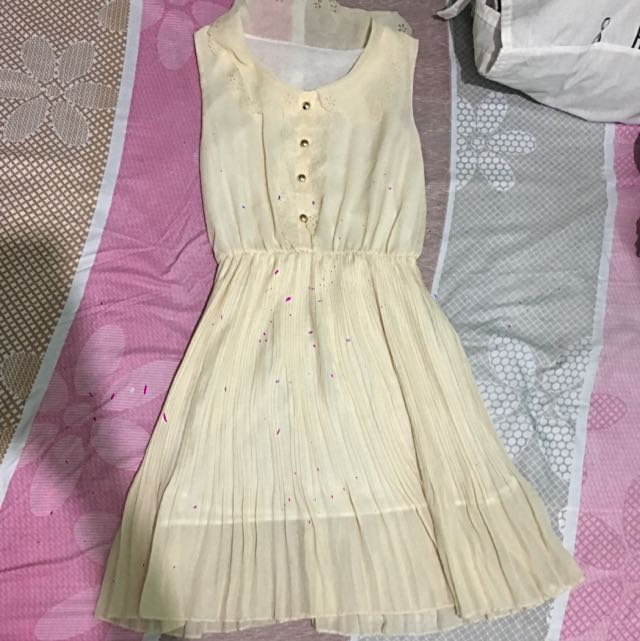 Dress (Dirty White Small)