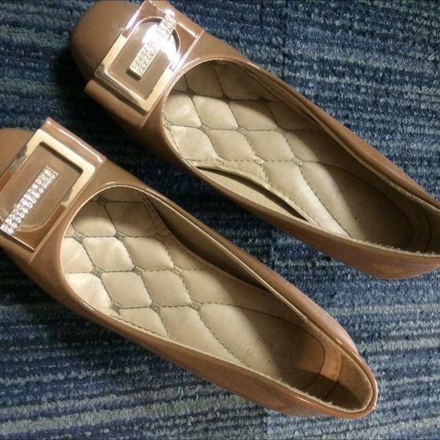 Fladeo Shoes Turun Harga Dari Rp. 60.000,-