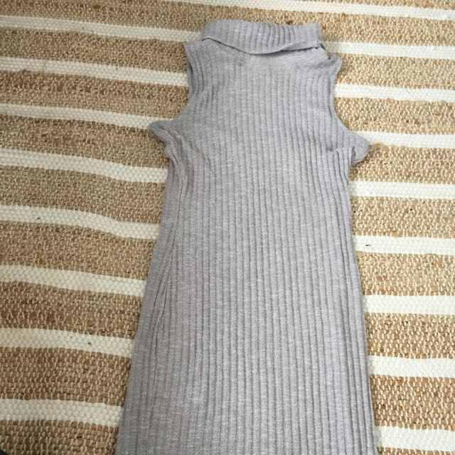 Grey Ribbed Midi Dress