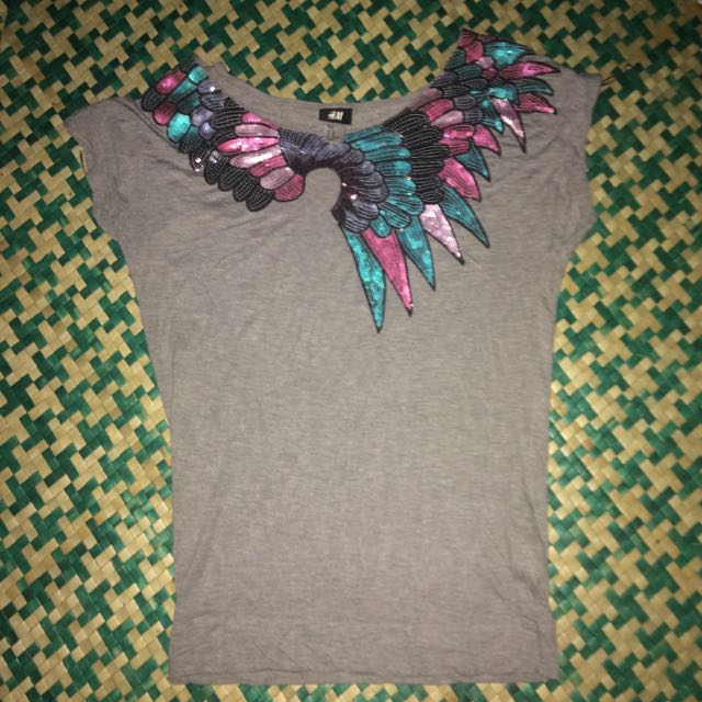 Free Shipping H&M Blouse Color Gray
