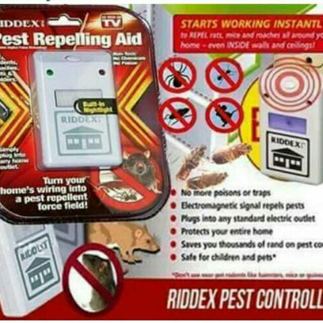 Insect repelling aid
