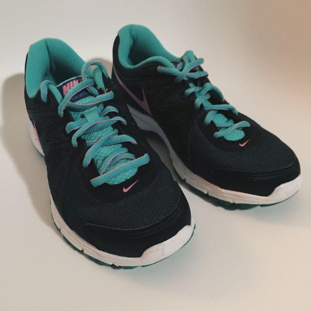 Nike Revolution 2 MSL
