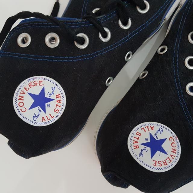 Preloved Converse Chucks- Womens Sz 7