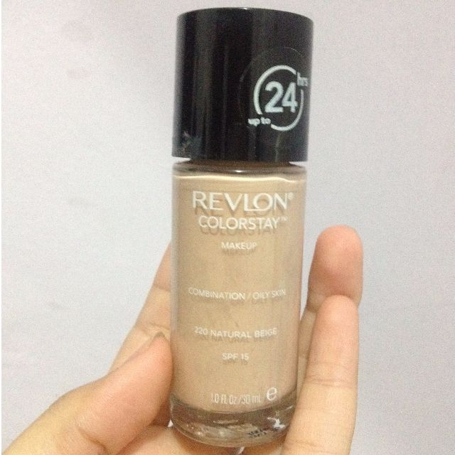 Revlon Colorstay Foundation for Oily/combination in 220 Natural Beige
