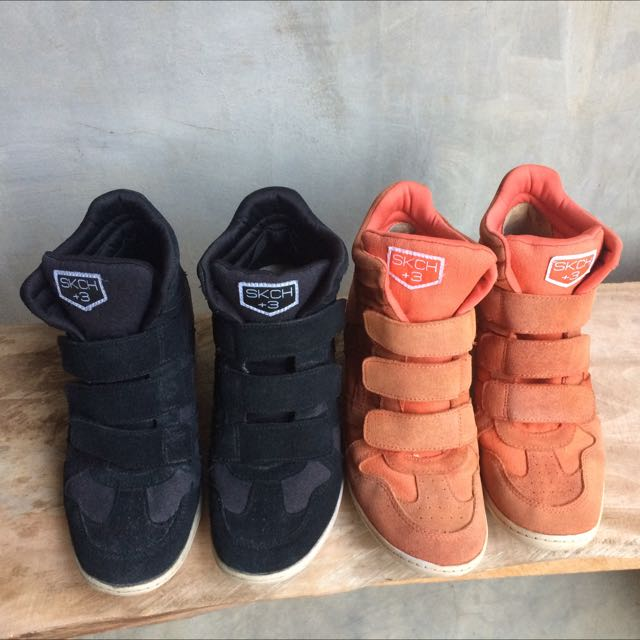 skechers (orange and black)