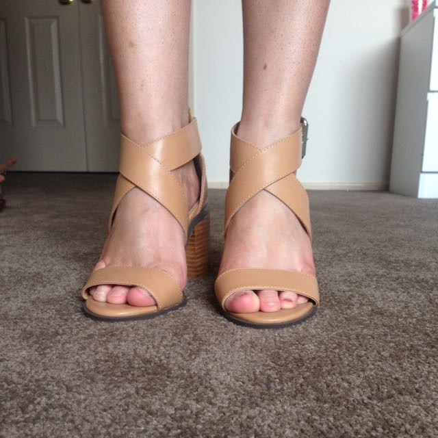 Verali Shoes Size 5