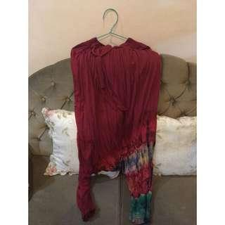 Celana Aladdin Merah Motif