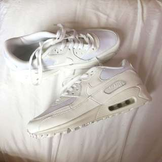 BRAND NEW WHITE AIR MAX 90