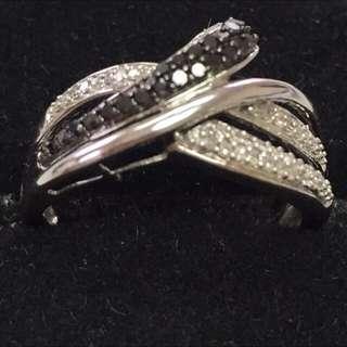 10 KT Diamond Ring - Make An Offer