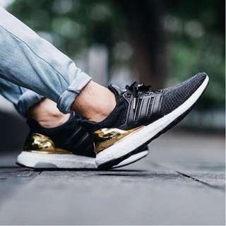 "Adidas Ultra Boost Olympico Pack ""Medal Gold"" ."