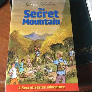 Enid Blyton - The Secret Mountain