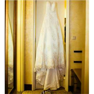 Wedding Gown (Price Negotiable)