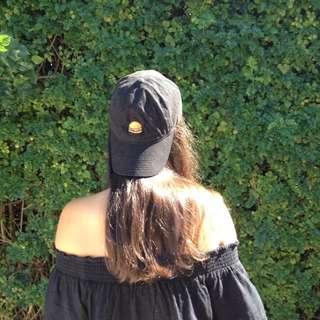 URBAN OUTFITTERS HAMBURGER CAP