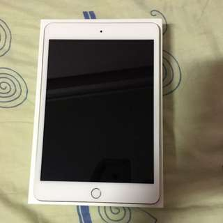 IPad Mini 4 WI-FI 32GB Gold Perfect Condition