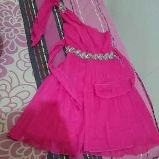 Dress Pesta Gaun Cantik