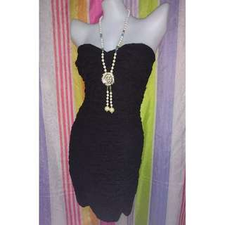 Black tube lace dress