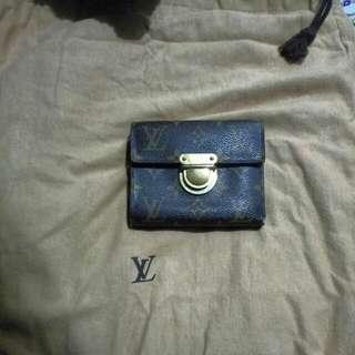 LV金扣銀包