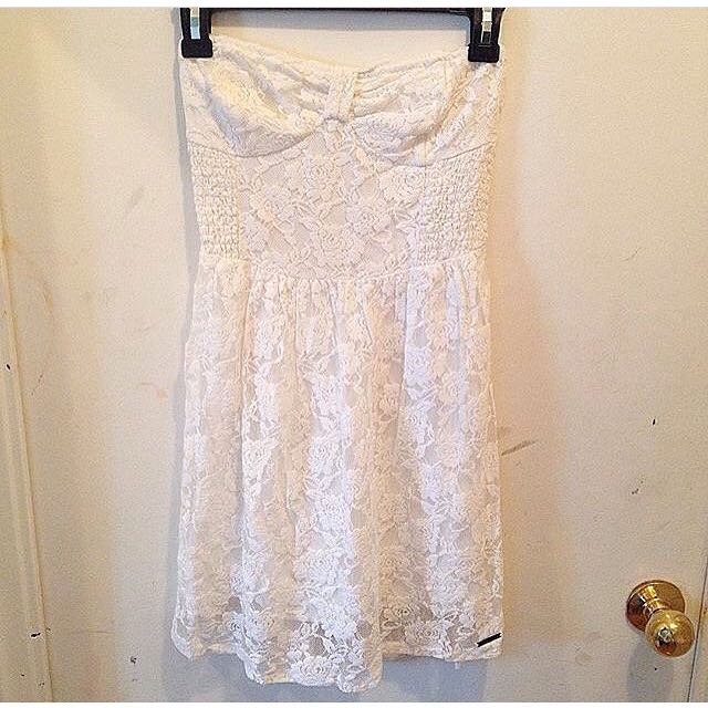 Abercrombie & Fitch White/Lace/Strapless Sress