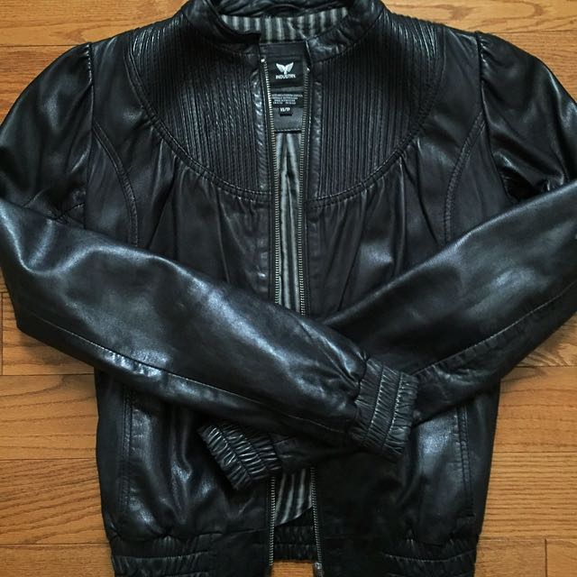 Aritzia Jacket Made With Genuine Leather