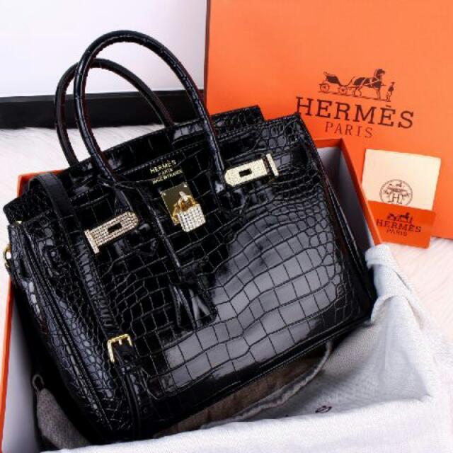 Bkack Hermes