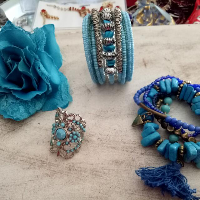 Blue Accessories Bundle