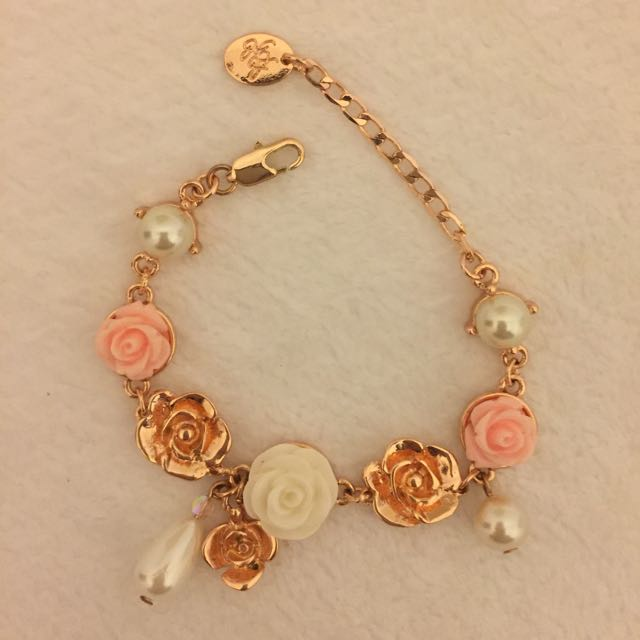 BNWT Alannah Hill Rose Gold Bracelet