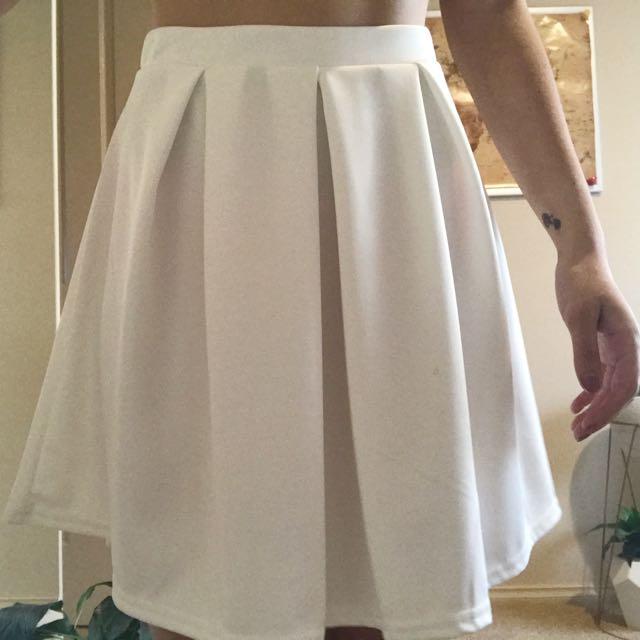 Boohoo Skirt Sz 6
