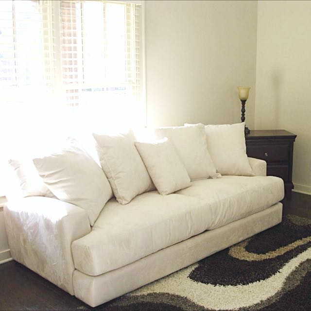 Couches-/ Signature Designed By Ashley