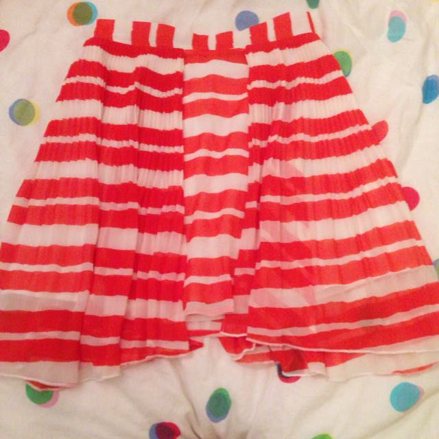 Finders Keepers 6 Red/white Chiffon Lined Asymmetrical Skirt