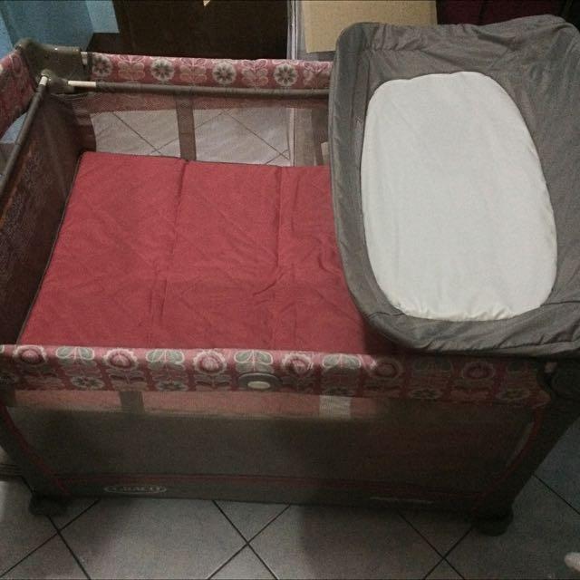 Graco Pak N Play Crib