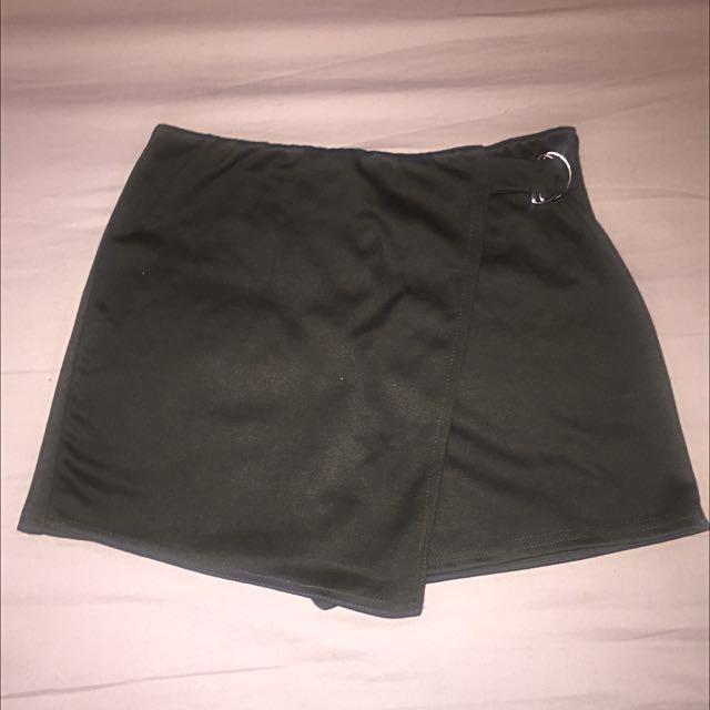 Green Boohoo Skort UK Size 10