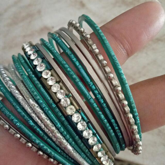 Green Indian Vintage Bangle Set
