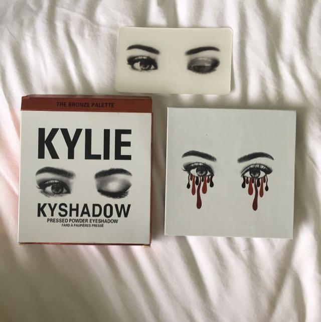 Kylie Jenner Kyshadow (BALI)