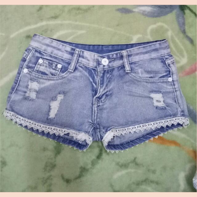 Lace Maong Short
