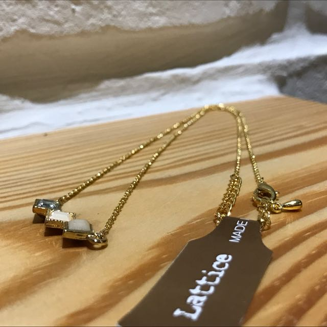 Lattice 三菱形寶石項鍊