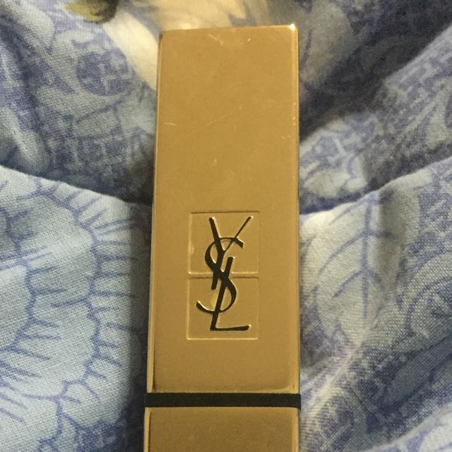 Lipstik YSL Rouge Pur Couture