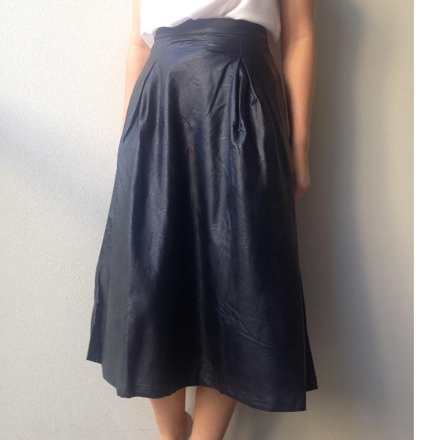long black leather skirt