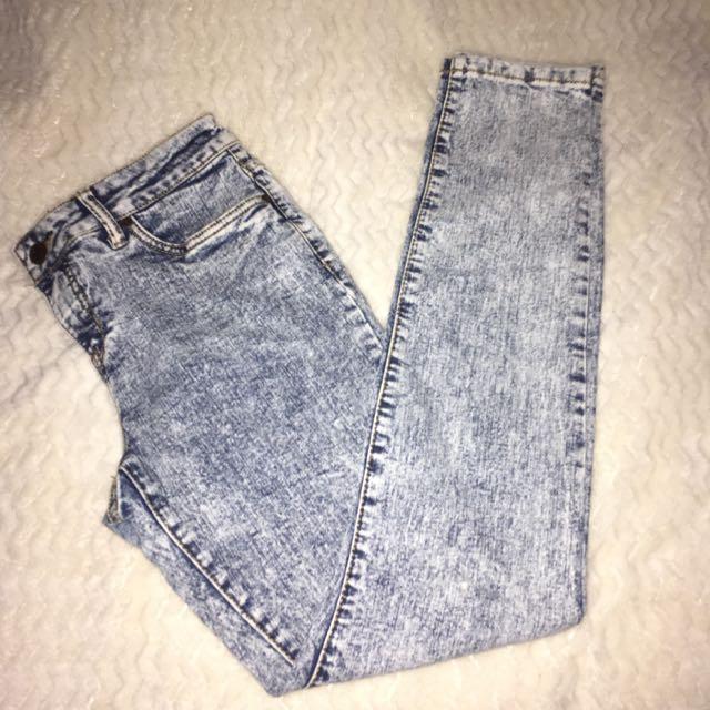 Low Rise Skinny Fit Jean