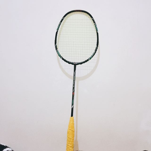 Max Bolt Badminton Racket