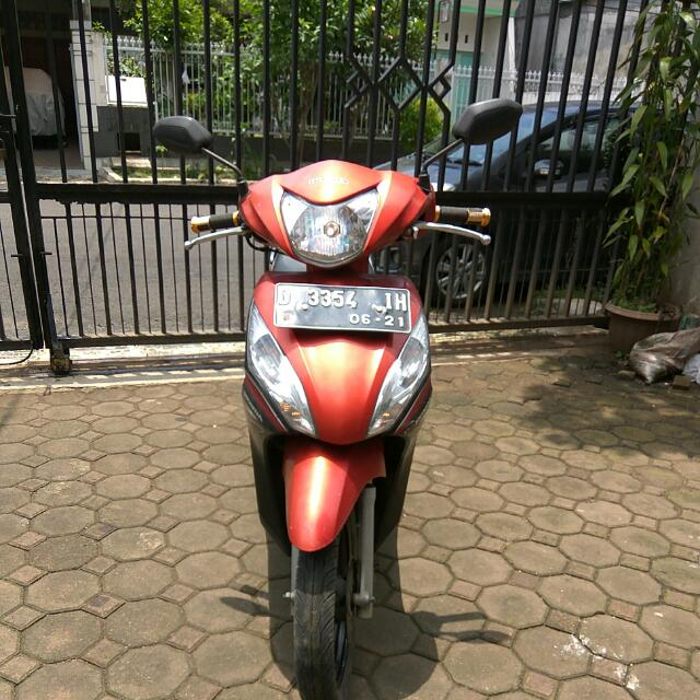 Motor Honda Spacy Warna Merah