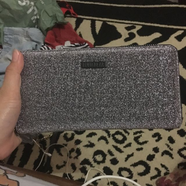 PULL AND BEAR GLITTER WALLET (NEW)